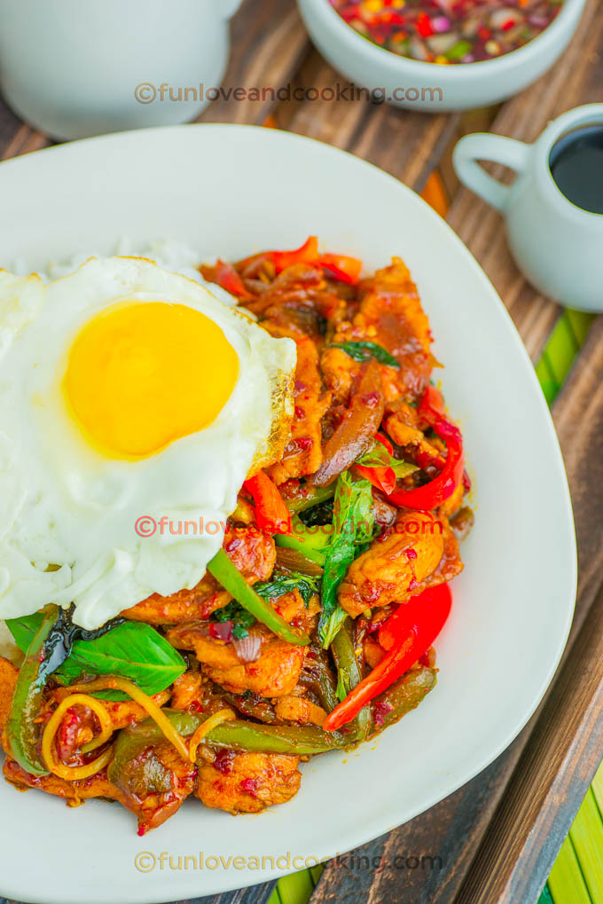 Thai basil chicken fun love and cooking thai basil chicken forumfinder Image collections